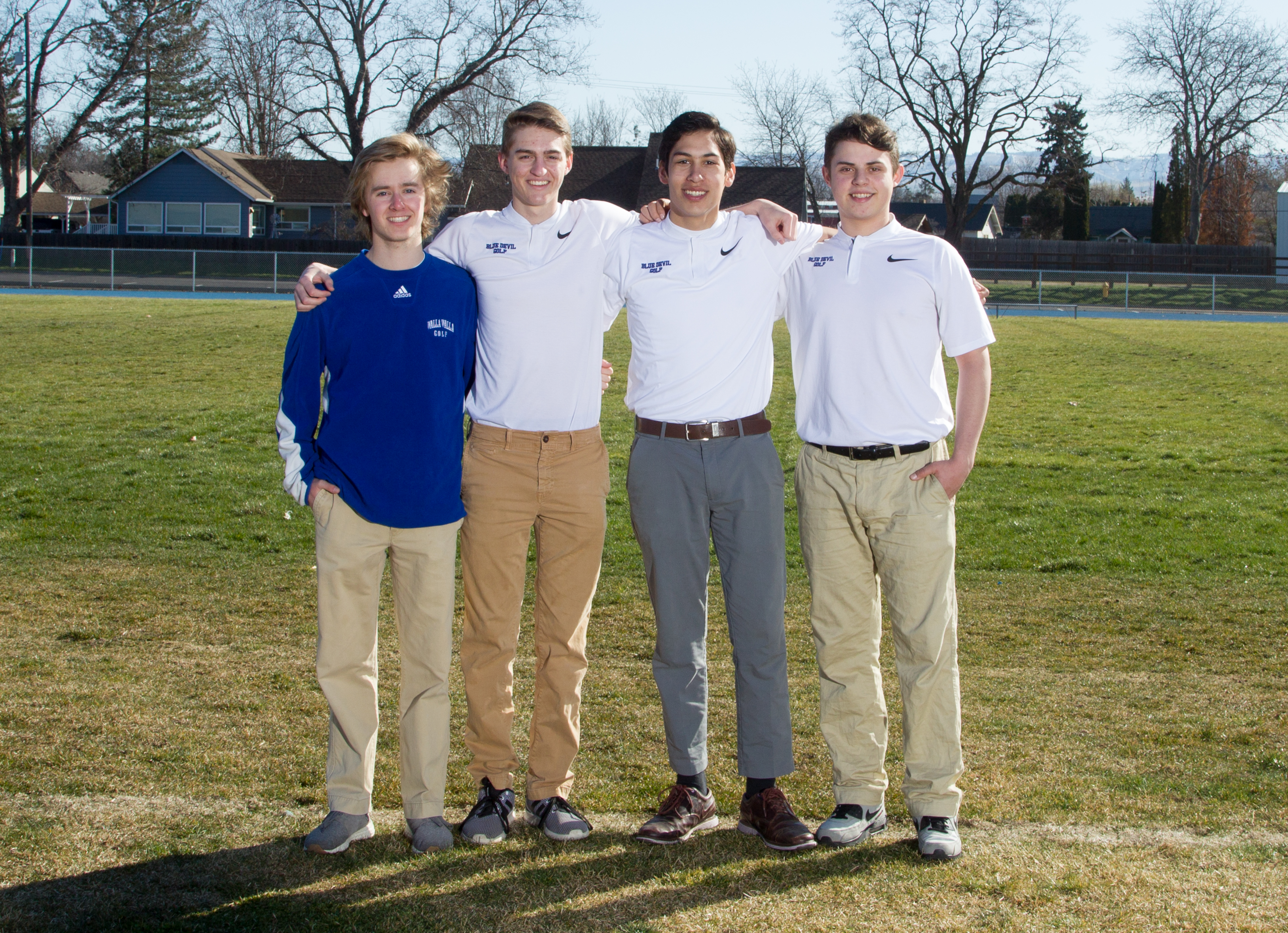 images/athletics/Golf/Golf_Seniors_2018.jpg