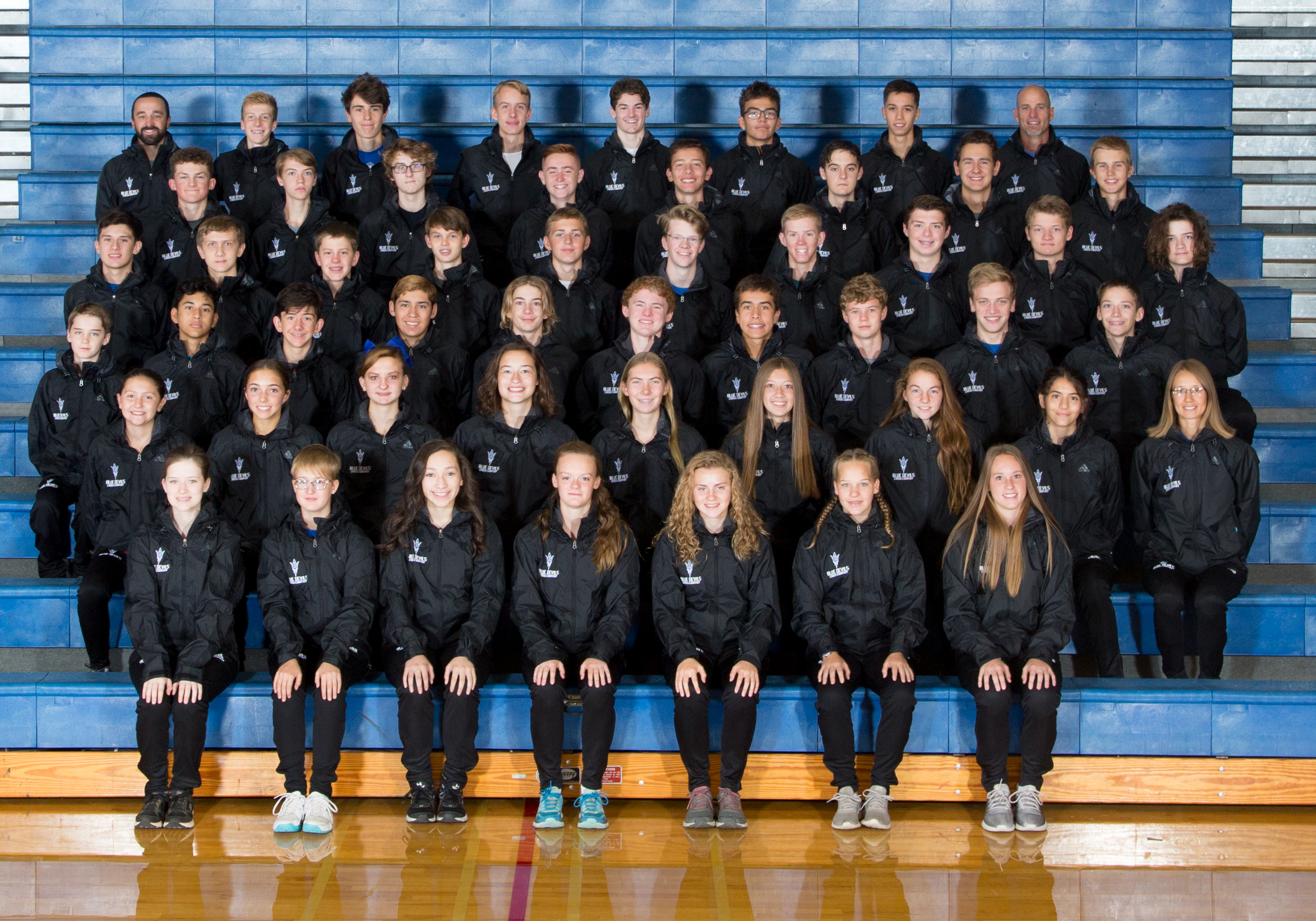 images/athletics/Cross_Country/2018_XC_Team.jpg