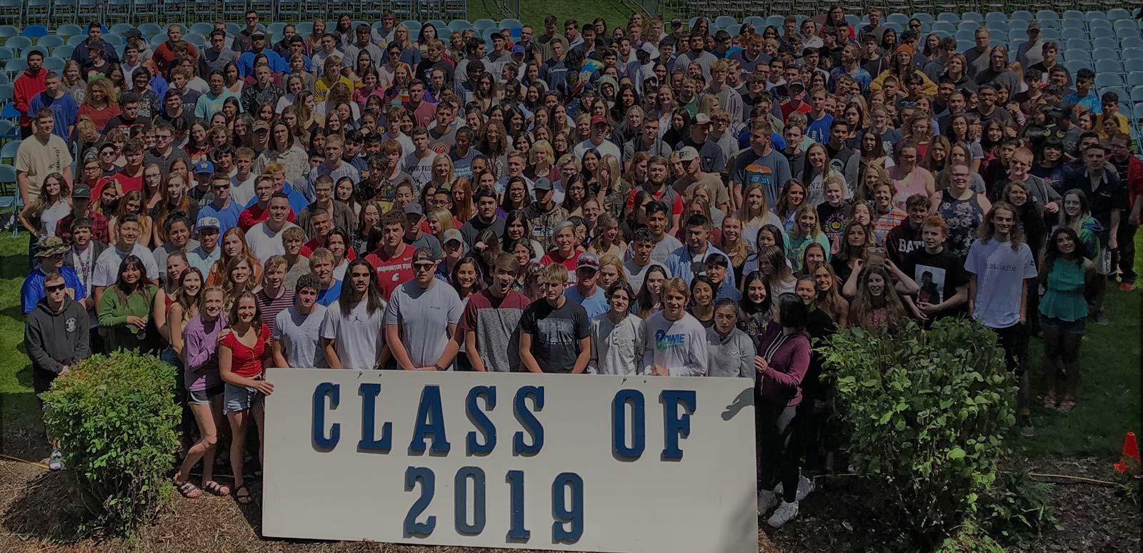 images/slideshow/wahi-graduates-2019.JPG